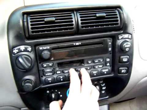 Stock Stereo 98 Ford Exploerer Sport