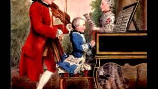 """Mozart: Serenade #13 In G, K 525, """"Eine Kleine Nachtmusik"""" - Romance: Andante"""
