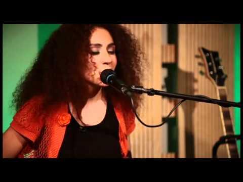 Elif Çağlar - Sweet Love [Anita Baker Cover] / #akustikhane #sesiniac