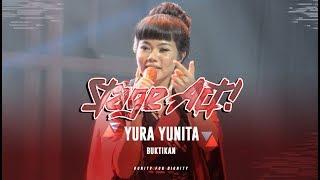 Video Yura Yunita - Buktikan [Live at Mojang Jajaka Pelajar Bandung 2017] download MP3, 3GP, MP4, WEBM, AVI, FLV Desember 2017