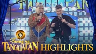 "Tawag ng Tanghalan: Vice and Vhong do a famous KathNiel scene from their movie ""The Hows Of Us"""