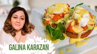 Яйца Бенедикт с лососем и авокадо. Вкусный завтрак на хрустящих тостах. Подробный рецепт