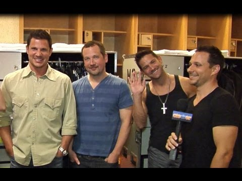 """98 DEGREES INTERVIEW: THE PACKAGE TOUR, NEW ALBUM """"2.0"""", NEW SONG """"MICROPHONE""""!"""