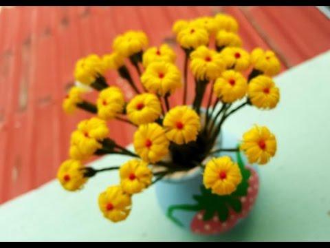 Yellow Flowers ดอกไม้จากหลอด