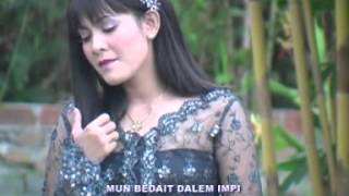 Video Dewi Mustika - Empag... Empag [Official Music Video] download MP3, 3GP, MP4, WEBM, AVI, FLV Agustus 2018