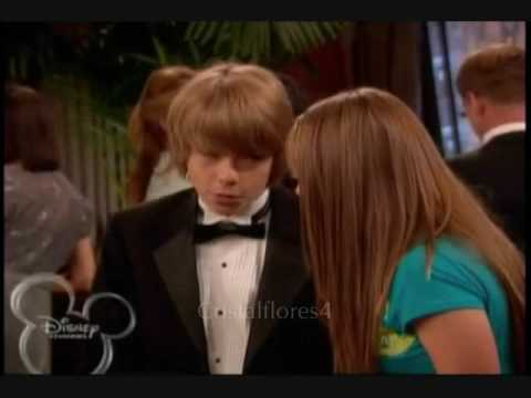 debby ryan dating cole sprouse