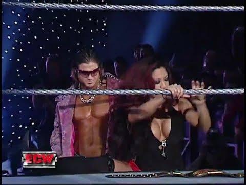 CM Punk VS Johnny Nitro (Money In The Bank Qualification Match)