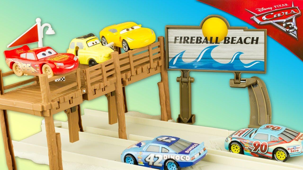 disney cars 3 piste fireball beach run track set entrainement plage flash mcqueen jouet toy. Black Bedroom Furniture Sets. Home Design Ideas