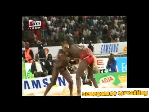 Senegalese Wrestling : Lac Rose vs Modu Anta