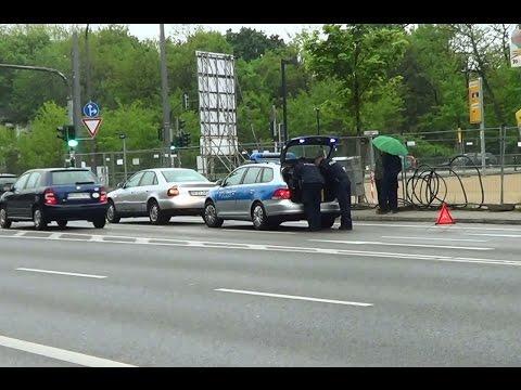 Dresden Polizei Streifenwagen 3674 bei Verkehrskontrolle [5.2014]