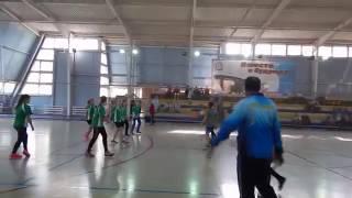 """Школы № 29 и № 54 (девушки - гандбол). Видео """"Корабелов.Инфо"""""""