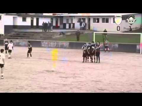 Argoncilhe 2 vs Oliveira do Bairro 0-segundo golo 2010/2011.avi