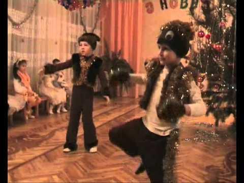 новогодние танцы в детском саду видео три белых коня