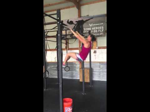 Amanda Buttery Fly Pullups