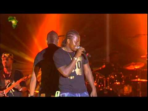 Lexxus (concert fesman dakar 2010) Maboko pamba de ferre gola.VOB