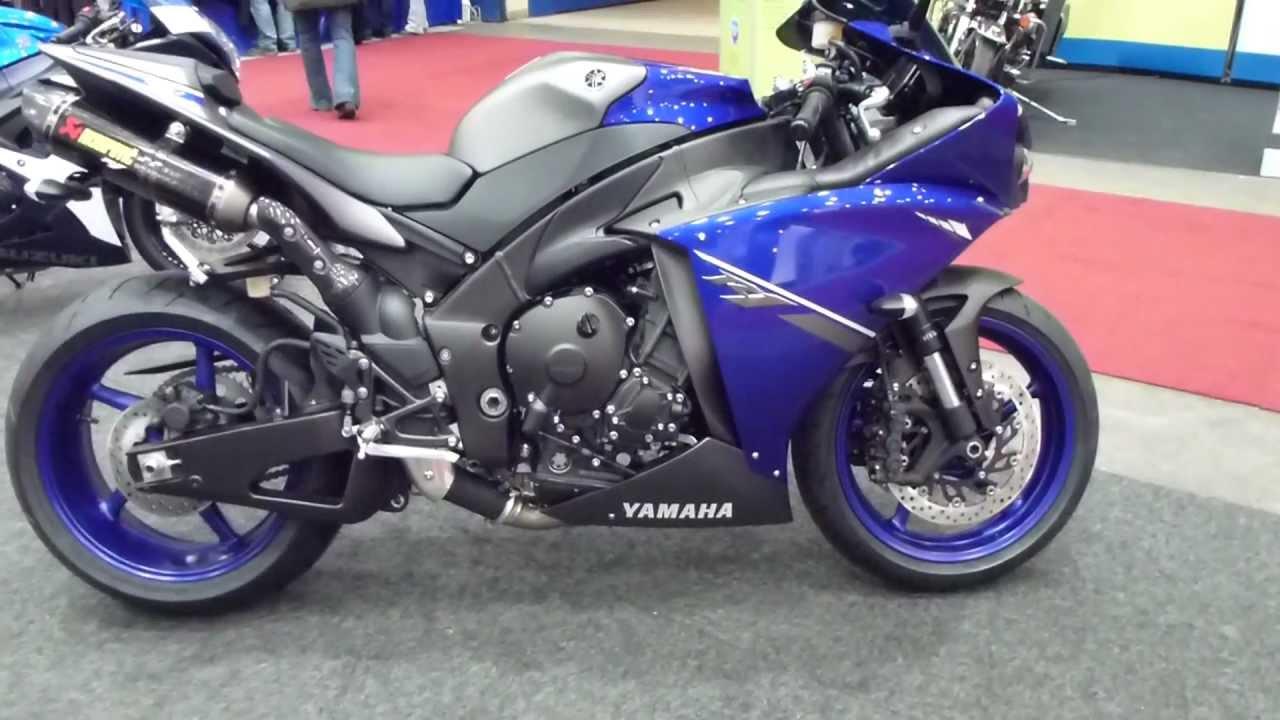Yamaha R Vs Suzuki Gsxr