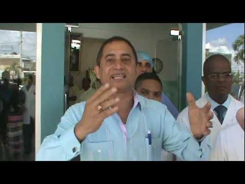 Médicos en Valverde levantan paro hospitalario y dan compás de espera
