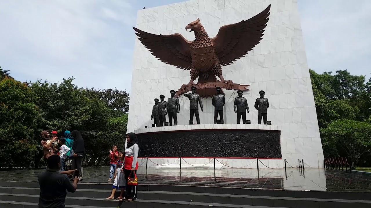 Monumen Pancasila Sakti Lubang Buaya Youtube