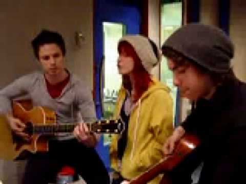 Paramore - Crushcrushcrush (Acoustic)