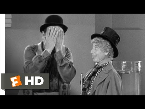 Duck Soup (4/10) Movie CLIP - The Lemonade Vendor (1933) HD