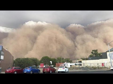 شاهد: بعد الحرائق والأمطار.. عاصفة ترابية تجتاح أستراليا وتحول نهارها إلى ليل …  - نشر قبل 1 ساعة
