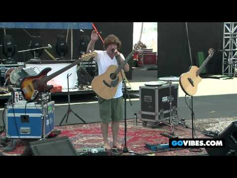 """Keller Williams Performs """"Best Feeling In The World"""" at Gathering of the Vibes Music Festival 2012"""