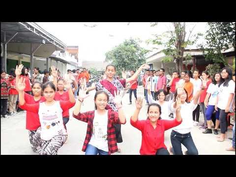 Flashmob Misdinar Santa Clara #JPIICup17 #Flashmob