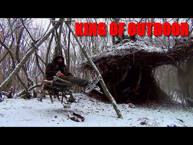 Wild Bushcraft building table. Underground cabin . Primitive survival skills.