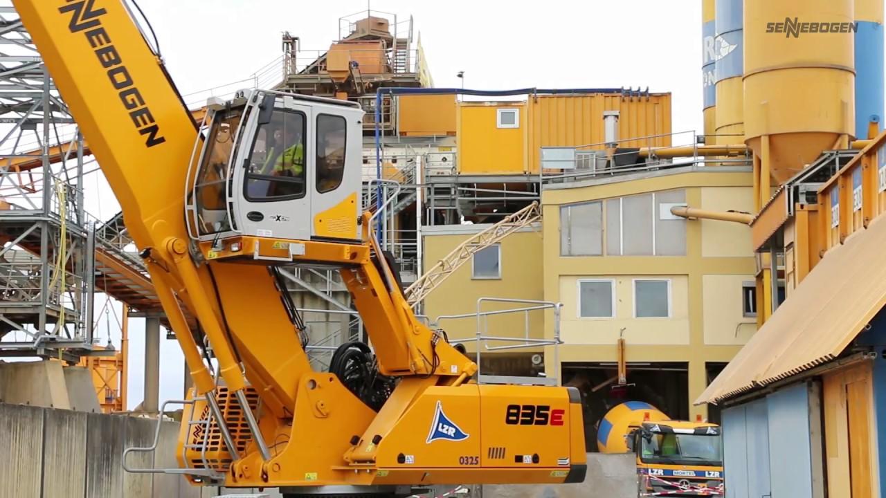 SENNEBOGEN - Sand - und Kiesumschlag: Umschlagbagger 835 Mobil, Kitzingen