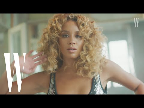 Lion Babe's Jillian Hervey Has Made Her Mom Vanessa Williams' Silver Sequined Leotard Her Own