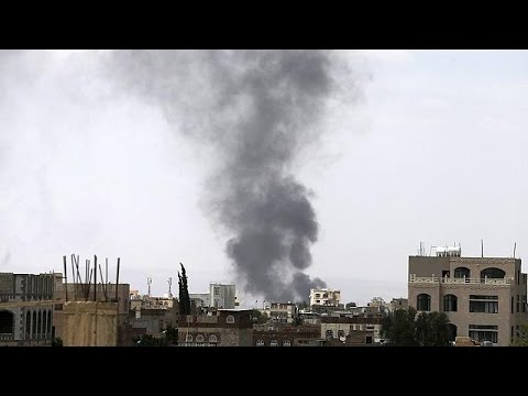 Aircraft pound Sanaa as coalition forces close in on Yemeni capital