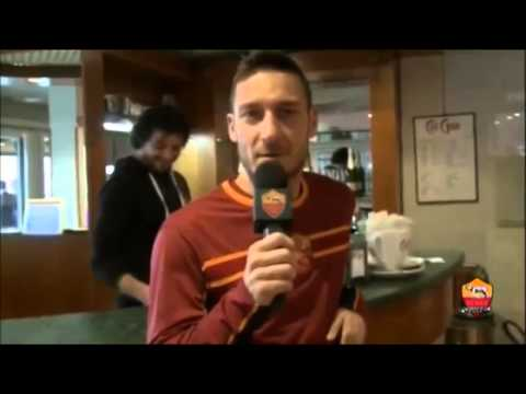 Francesco Totti show, gli auguri in francese a Rudy Garcia
