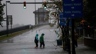 L'ouragan Florence rétrogradé mais menaçant
