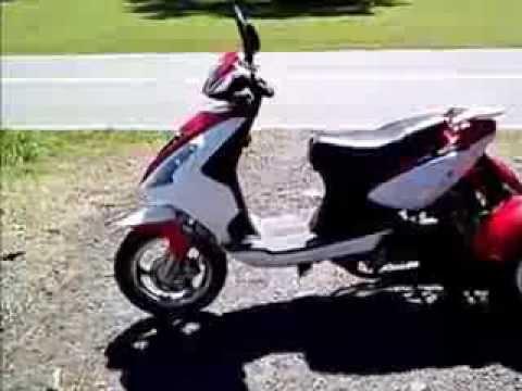 Трехколесные скутеры. Ищете скутер не только для прогулок, но и для перевозки грузов?. Тогда вам следует обдумать вариант приобретения трёхколёсного скутера!. 49см3. Gyrox277.