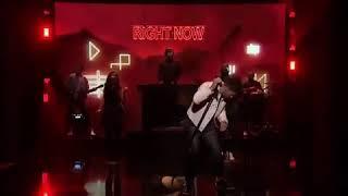 Nick Jonas vs. Robin Schulz - Right Now ( Live on Jimmy Fallon )