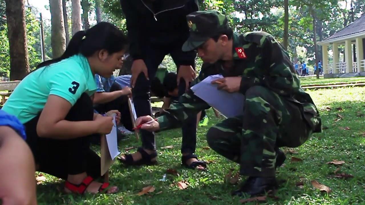 Giờ học Quân sự của Tân Sinh viên   Các môn học ở trường Giao thông   2017.08.30.(14)