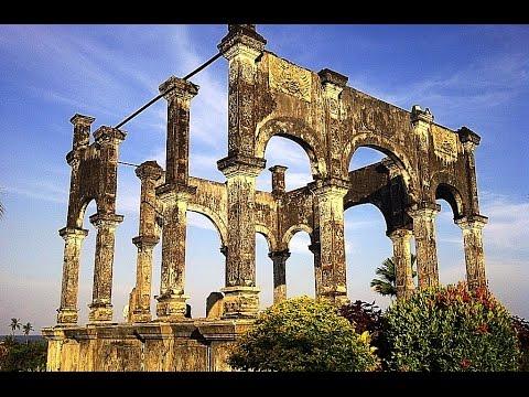 taman-ujung-soekasada---kamar-kerajaan---ujung-water-palace---bali-indonesia-[hd]