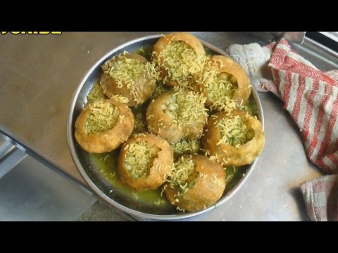 Indian Street Food - Mumbai Pani Puri / Kolkata Puchkaa / Delhi Gol Gappe