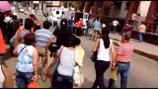 Decenas de heridos llegan al hospital IMSS Coatzacoalcos tras explosión en Complejo Pajaritos