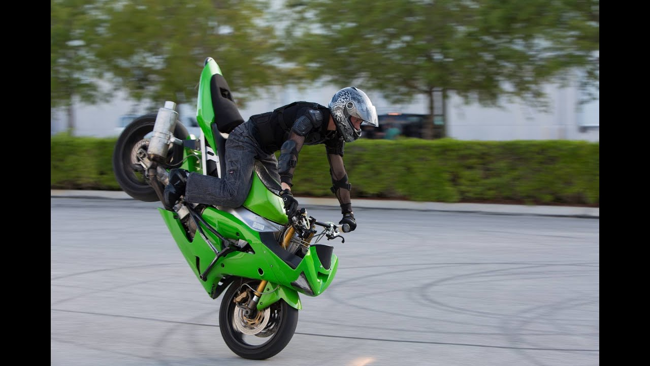 stunts motorcycle