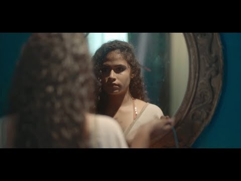 Mayakari (මායාකාරි) Madhun Dissanayake  [Official Music Video]