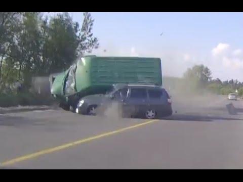 Russian Car Crash Compilation June