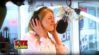 Valentin Dinu feat Anya - Intr-o zi @ ProFM LIVE Session