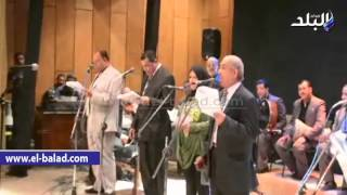 بالفيديو والصور.. محافظ المنيا يشهد أوبريت «أم شهيد» احتفالاً بالعيد القومي للمحافظة