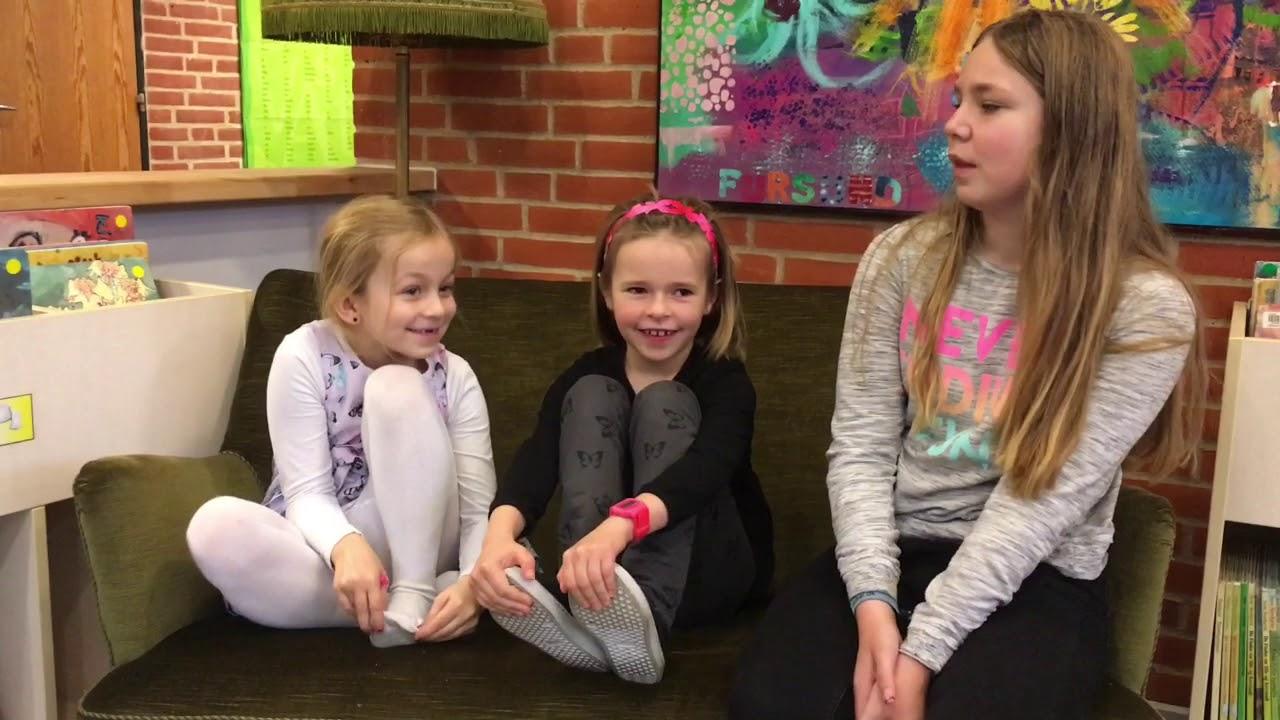 Isabella Og Ida Fortæller Hvad De Synes Om Kunsten 1 Minut 41 Sekunder