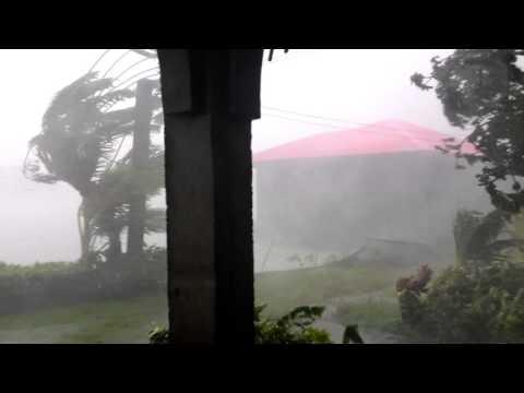 Bagyong Nona landfall in Calapan City, Oriental Mindoro (12/15/2015)