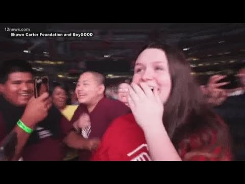 Teen awarded $100,000 scholarship at Beyonce and Jay-Z concert