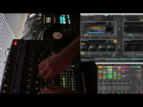 Traktor 2.11 Step Sequencer and Ableton Link Demo Remix
