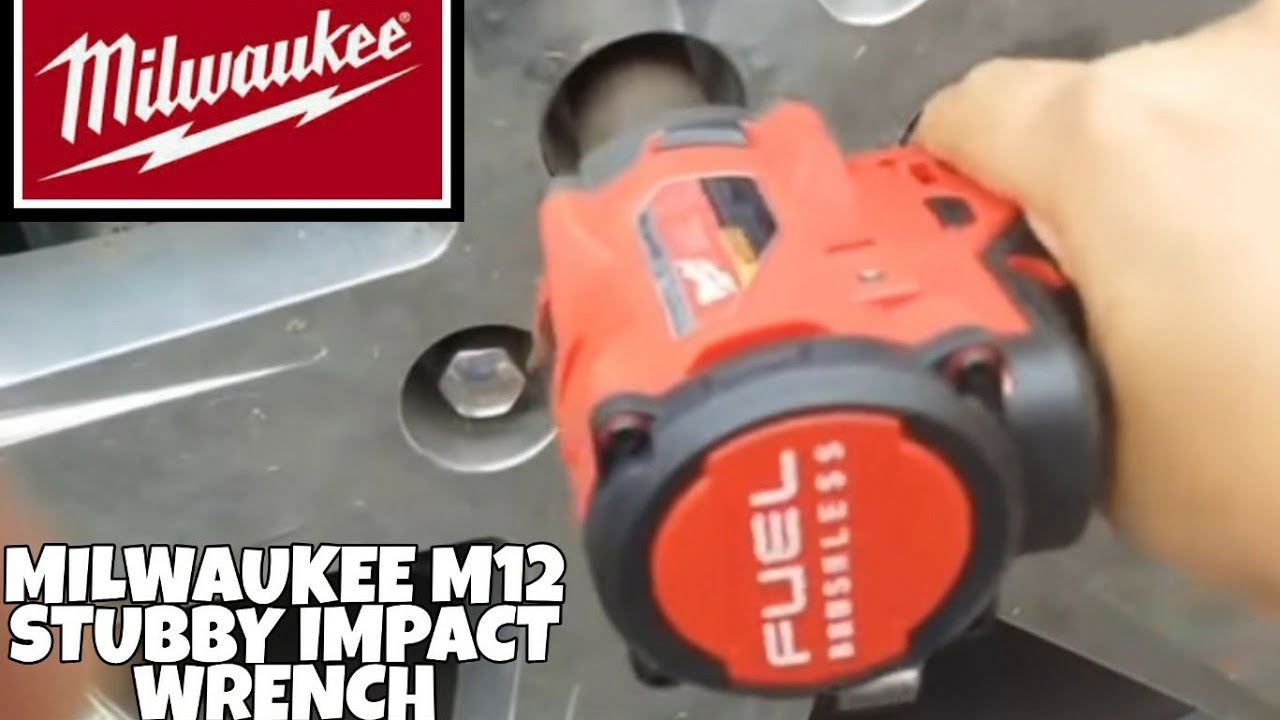 Milwaukee M12 Stubby Impact Wrench Removing Lug Nuts Unboxing