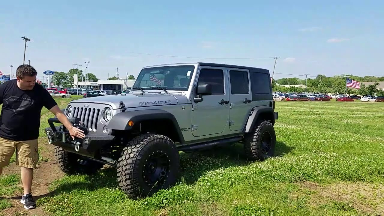 2016 Jeep Wrangler Unlimited Tactical Edition 4 inch lift 35